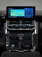 Премьера Toyota Land Cruiser 300