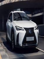 Кроссовер Lexus UX уже в Украине